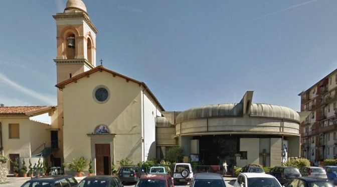 """Prete trasforma chiesa italiana in moschea: """"Ce l'ha chiesto Bergoglio"""""""