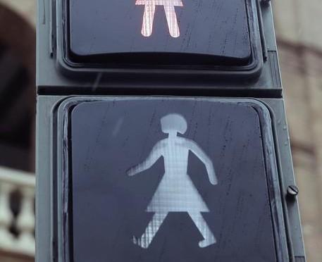 Arrivano i semafori bisex, l'ultima frontiera del progresso