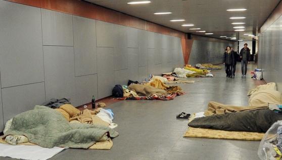 UDINE: con 'profughi' arriva Tubercolosi e Malaria, tutto esaurito in ospedale