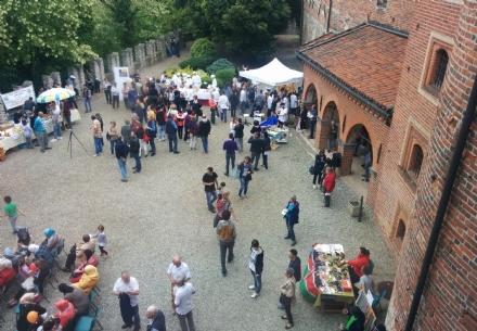 Rivarolo: affittato intero castello per fare festa ai 'migranti'