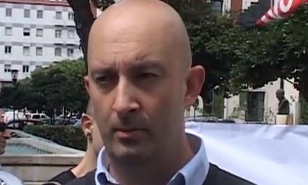 """Condannato per avere manifestato contro abusivi: """"Scelgo il carcere, non pago ammenda"""""""