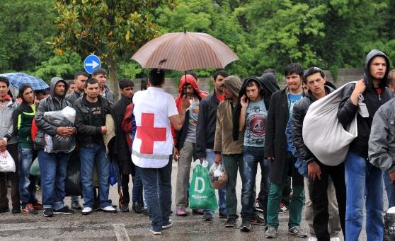 Dalla Croce Rossa assistenza no limits per 2.000 finti profughi