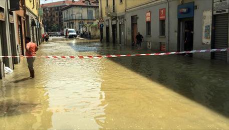 Dopo Firenze e Roma, a Milano: scoppia tubatura, tutto allagato