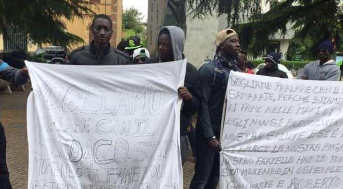 Ventimiglia: manifestano i clandestini