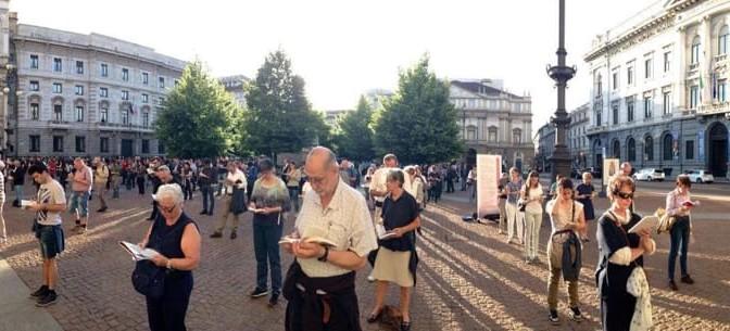 Milano: gay tenta di aggredire manifestanti cattolici, denunciato