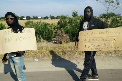 Bastonavano spacciatori e abusivi africani, arrestati 4 Italiani