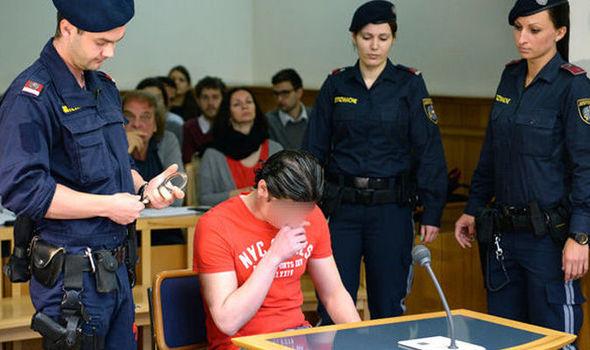 Stuprò bimbo per 'urgenza sessuale': profugo condannato a 6 anni