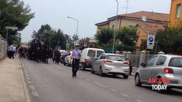 Strade bloccate, c'è il funerale del boss Rom