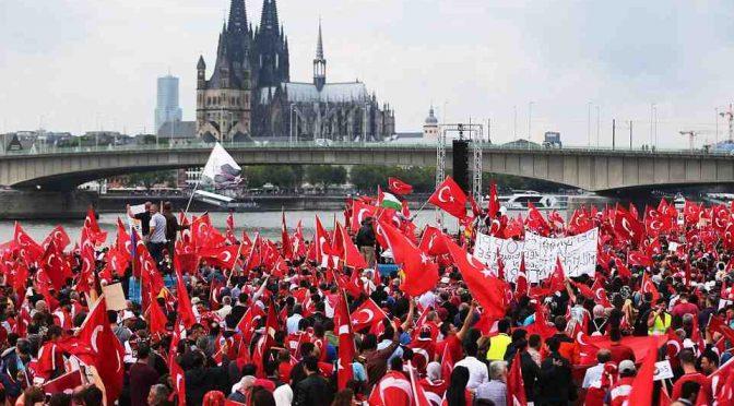 Polemica per parole deputato Afd sui 'turchi con tante mogli'
