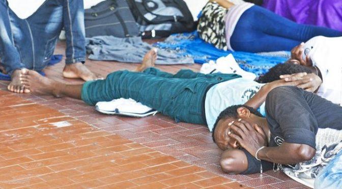 Como è una accampamento di Africani respinti dalla Svizzera