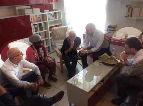FERMO: OSCENA PROCESSIONE DI POLITICI PD DALLA CLANDESTINA