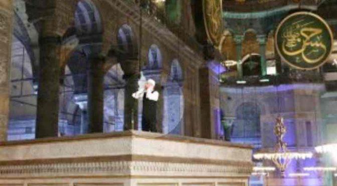 Turchia: 'Santa Sofia è nostra, l'abbiamo conquistata'