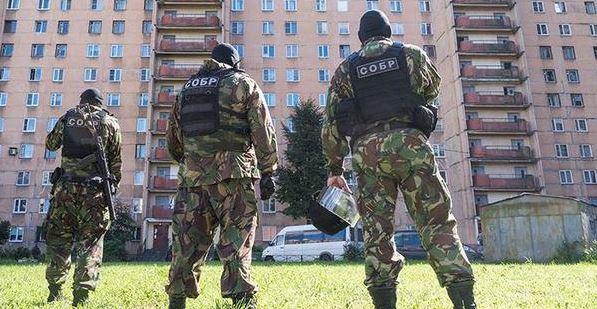 Terroristi islamici: Alfano li espelle, Putin li abbatte – VIDEO