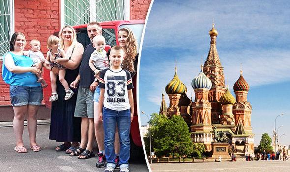 Putin vara piano natalità, assegno mensile a mamme russe
