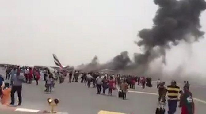 DUBAI: FILMATO MOSTRA PASSEGGERI IN FUGA DA AEREO IN FIAMME – VIDEO
