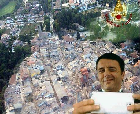 Renzi vola ad Amatrice per farsi un selfie coi terremotati
