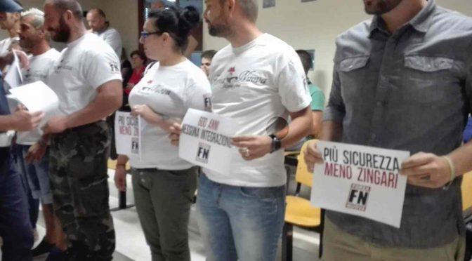 Rimini: FN occupa sala comunale contro soldi ai Rom