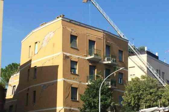Sfollati Roma non trovano alloggio: hotel preferiscono profughi, rendono di più