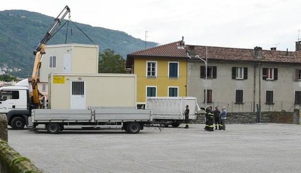 Niente moduli abitativi ad Amatrice, servono a clandestini Como
