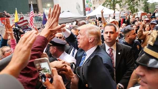 """Trump: """"Clandestini sono animali"""""""