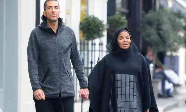 Janet Jackson islamica a passeggio – FOTO CHOC