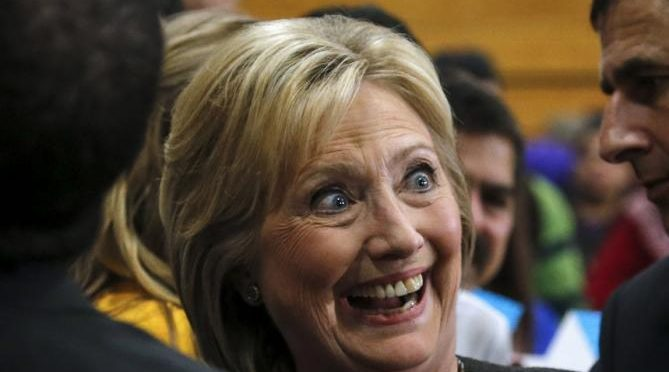 "Hillary Clinton non si rassegna: ""Ha stato Putin"""