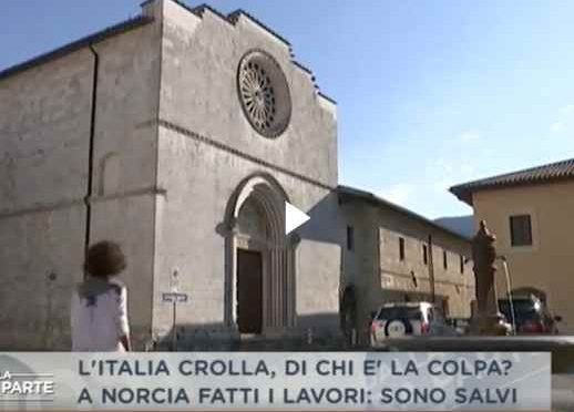 Messa di Natale tra le macerie per i terremotati: 300 milioni di euro di tasse per ricostruire le chiese al Vaticano