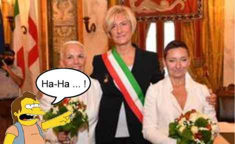 Ministro Difesa celebra lesbo nozze