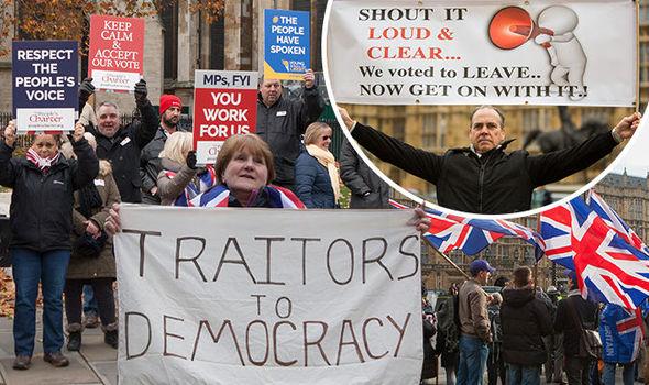 Londra: migliaia protestano contro ritardo Brexit – VIDEO