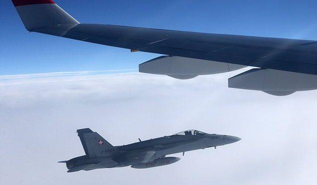 Svizzera: aerei militari intercettano volo presidenziale russo – FOTO