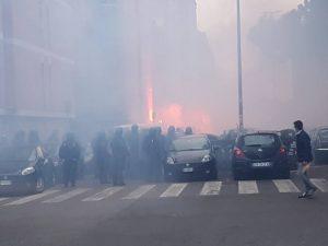 ROMA: CENTRI SOCIALI ASSALTANO CORTEO FORZA NUOVA