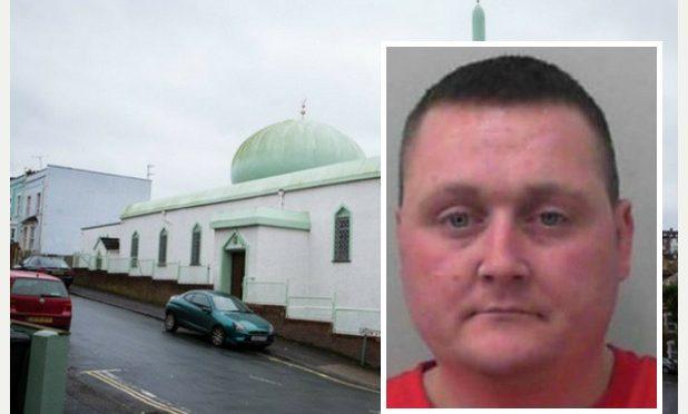 """Patriota ucciso in carcere, scontava condanna per """"pancetta su porta moschea"""""""