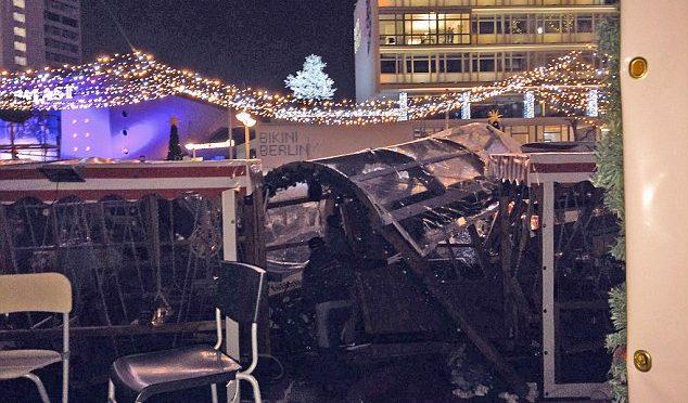 CAMION BERLINO: 9 MORTI E 50 FERITI, SI TEME STRAGE – VIDEO – FOTO