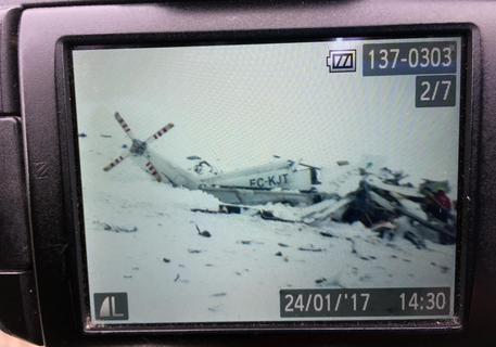Sei morti nello schianto di elicottero soccorso – FOTO – VIDEO