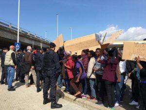 Rivoltosi Conetta arrivano a Bologna: li manda Minniti