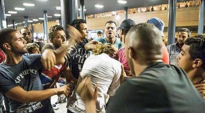 Circondate e palpeggiate da gang nordafricana, a Milano