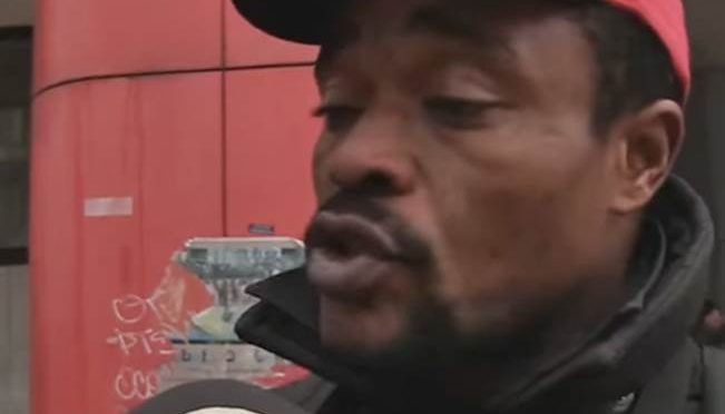 """Profughi sgomberati perché molestano bimbi protestano: """"Stato ci abbandona"""" – VIDEO"""