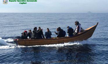 Ventiquattro islamici sbarcano in Sardegna