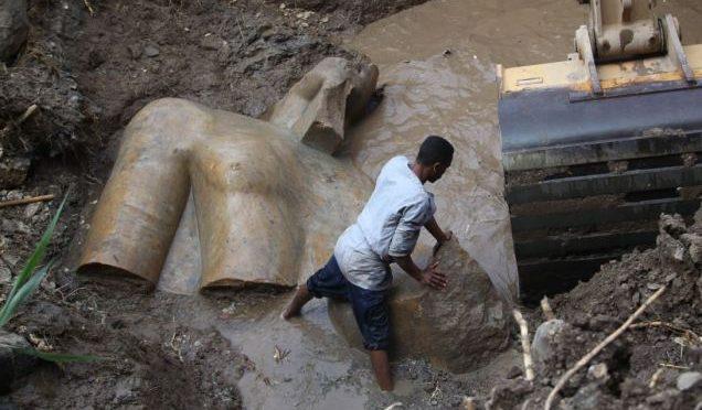 Dal passato riemerge la statua gigante di Ramses II