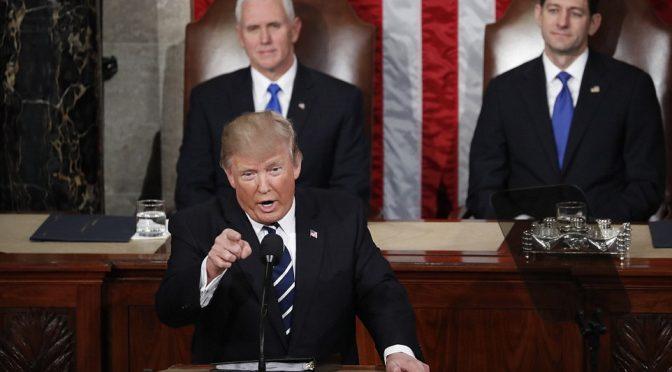 """Trump minaccia Turchia: """"Liberate cristiano o vaste sanzioni"""""""