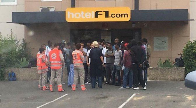 Accor venderà 62 hotel, diventeranno strutture di accoglienza: licenziati 400 lavoratori
