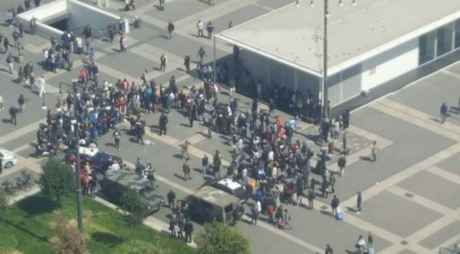 """Presidente Aler: """"Milano piena di clandestini e delinquenti grazie a Pd"""""""