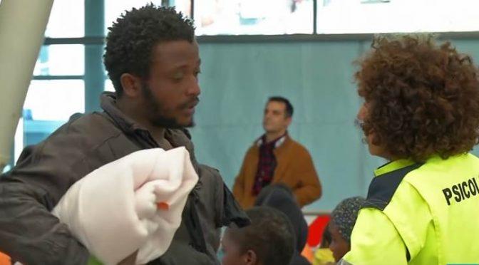 Tagli accoglienza: niente più psicologo gratis ai profughi