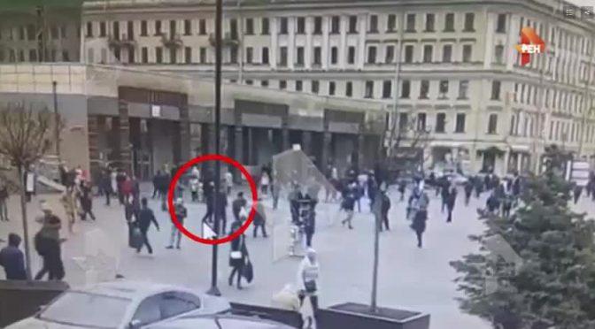 SAN PIETROBURGO, IL TERRORISTA RIPRESO DA TELECAMERE – VIDEO