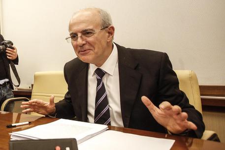 """Zuccaro travolge le Ong: """"Associazione a delinquere"""", una cupola con gli scafisti"""
