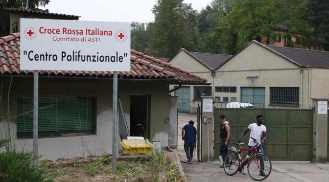 Paese in ostaggio di 200 profughi, ragazzine non escono più la sera
