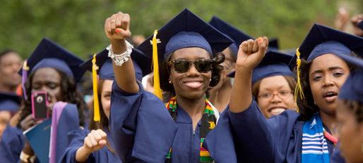 Harvard, festa di laurea vietata ai Bianchi