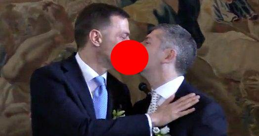 Parlamento ha perso 1 anno di 'lavoro' per far sposare ministro Scalfarotto – VIDEO