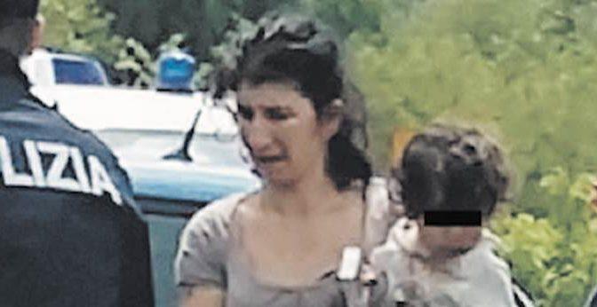TAGLIA SULL'ASSASSINA ROM IN FUGA, APPELLO DEL FIGLIO AI PATRIOTI