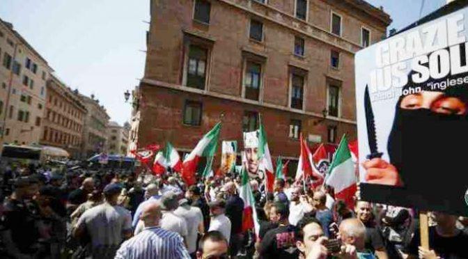 """CasaPound sfida: """"Magistratura indaghi nostri rapporti con clan Spada"""""""